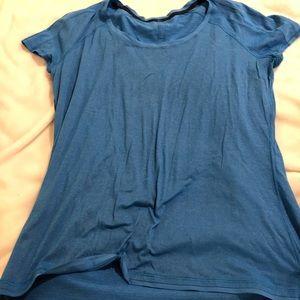Lulu soft like new size 12 workout shirt